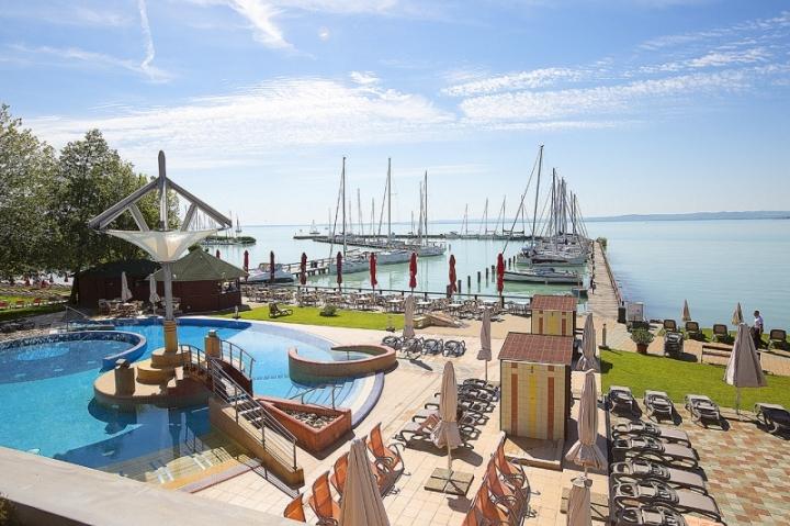 Strand & Medencék - Kilátás az Exclusive delux grande lakosztályból a strandra